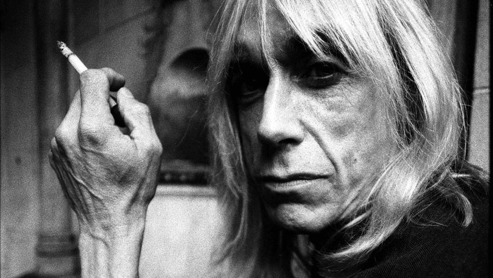 Iggy Pop, portrait at Chateau Marmont Hotel in Los Angeles, United States, 1996. (Photo by Martyn Goodacre/Getty Images)