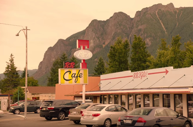"""In der Sitcom ist das Sofa der Rückzugspunkt - in """"Twin Peaks"""" ist es das Diner"""