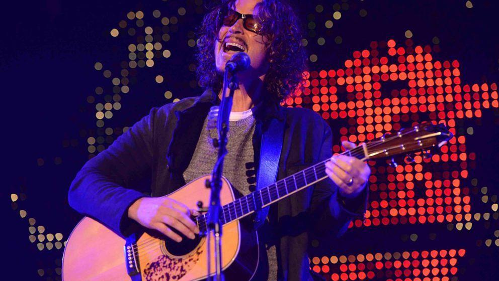 INGLEWOOD, CA - DECEMBER 13:  Singer Chris Cornell of Soundgarden and Audioslave performs onstage at The Forum on December 13