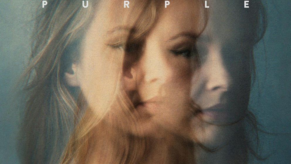 """Leslie Clio: """"Purple"""". ★★. Ohrwürmer, die man eigentlich gar nicht haben möchte."""