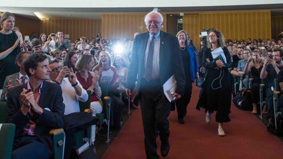 Der US-Politiker und ehemalige Präsidentschaftsbewerber Bernie Sanders kommt am 31.05.2017 in den Audimax im Henry-Ford-Bau