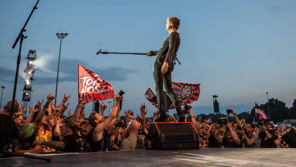 Ob die anstehenden Konzerte der Toten Hosen im Sommer durchgeführt werden könne, ist bislang ungewiss.