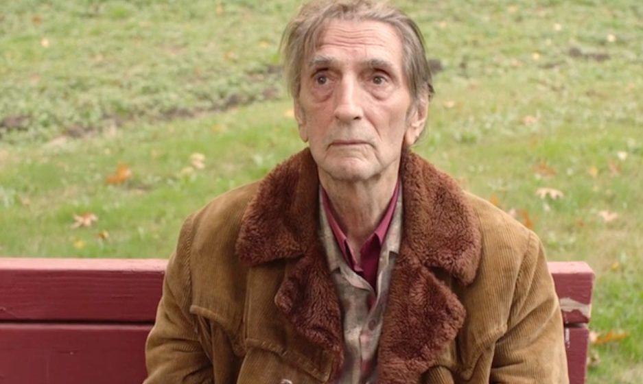 Carl Rodd (Harry Dean Stanton)