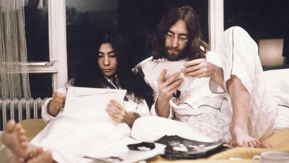 John Lennon und Yoko Ono 1969 in Amsterdam