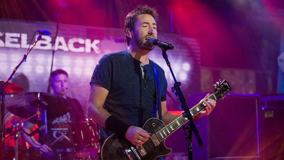 Chad Kroeger mit seiner Band Nickelback