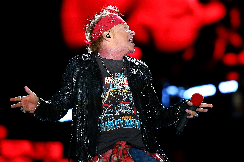 Guns N Roses Live In Hannover 2017 Setlist Fotos Videos
