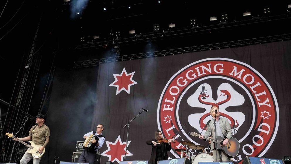 Scheessel:  Flogging Molly am 20170623 beim Hurricane Festival 2017.    Foto: Heiko Sehrsam