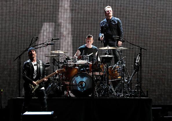 """Coverten """"Suzanne"""" für ihren Freund Leonard Cohen: U2."""