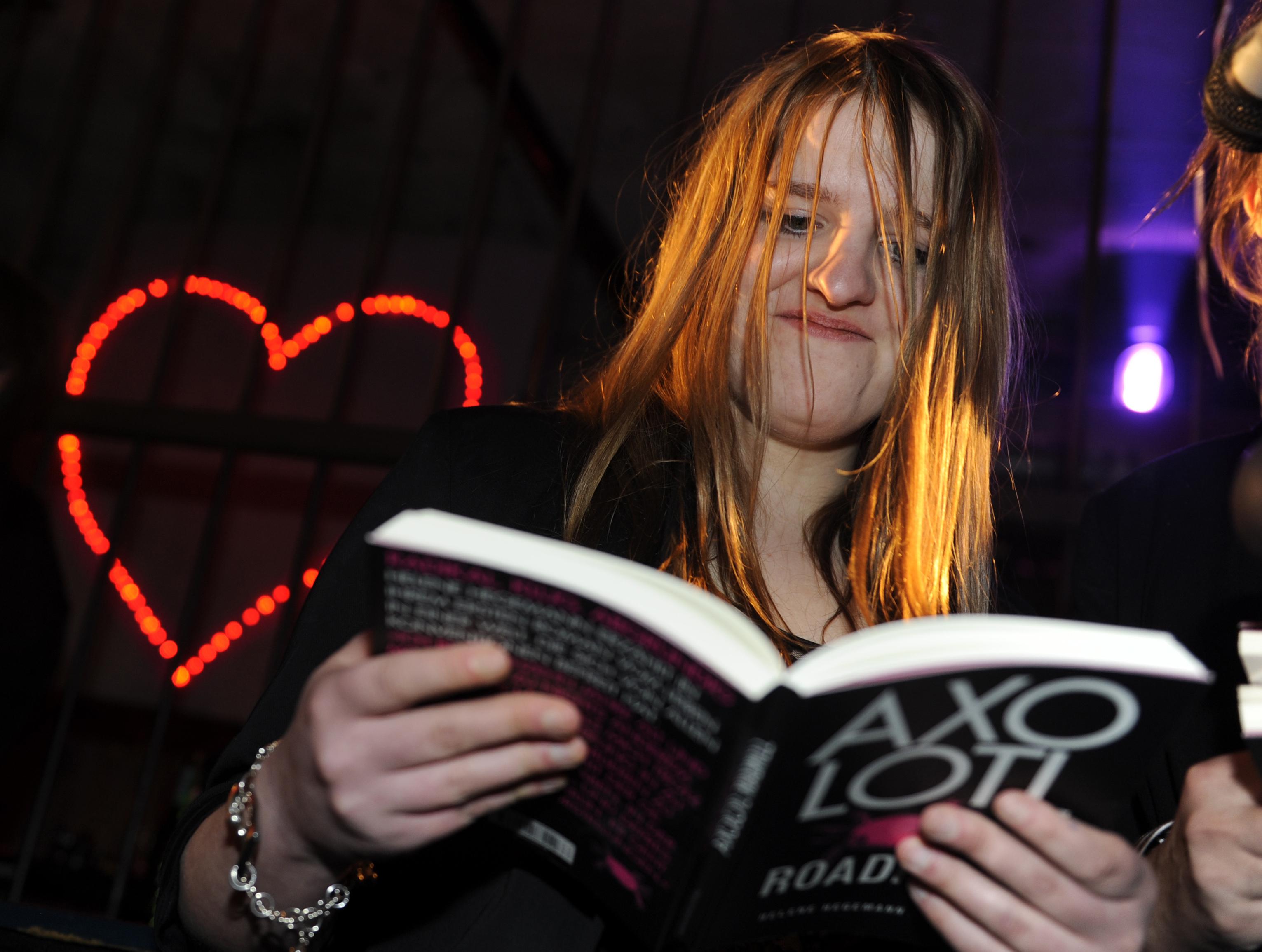 Helene Hegemann (2010) mit ihrem skandalumwitterten Roman