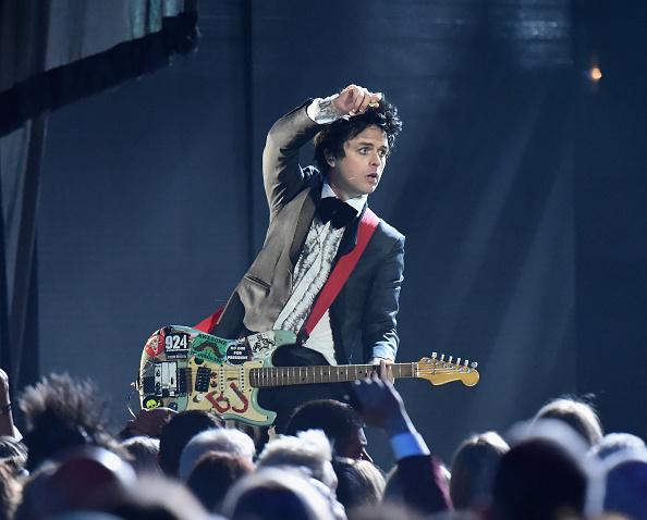 Billie Joe Armstrong von Green Day beteuert, dass er uns eine Bandkollegen nichts von dem Unfall gewusst hätten.