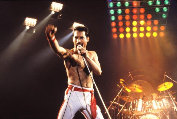 Nun ist es offiziell: Rami Malek wird im Queen-Biopic zu Freddie Mercury.