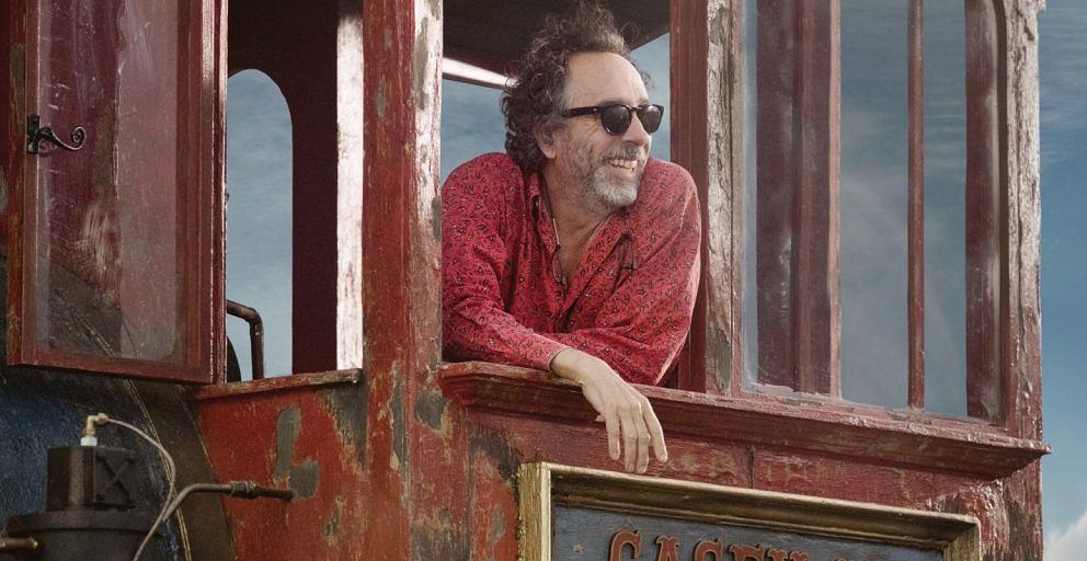 """Tim Burton am Set von """"Dumbo""""."""