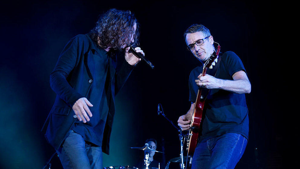 INGLEWOOD, CA - NOVEMBER 14:  Chris Cornell and Stone Gossard of Temple Of The Dog perform live at The Forum on November 14,