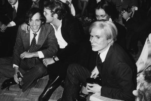 Steve Rubell, einer der Besitzer und Andy Warhol im Studio 54.