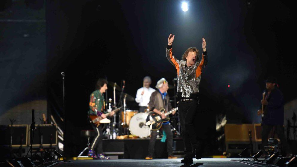 HAMBURG, GERMANY - SEPTEMBER 09: Mick Jagger of The Rolling Stones perform/s on the opening night of their European 'No Filte