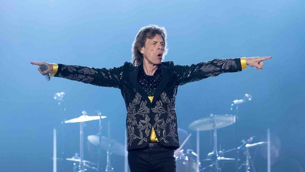 Sänger Mick Jagger von der britischen Band 'The Rolling Stones' steht am 12.09.2017 im Olympiastadion in München (Bayern) b