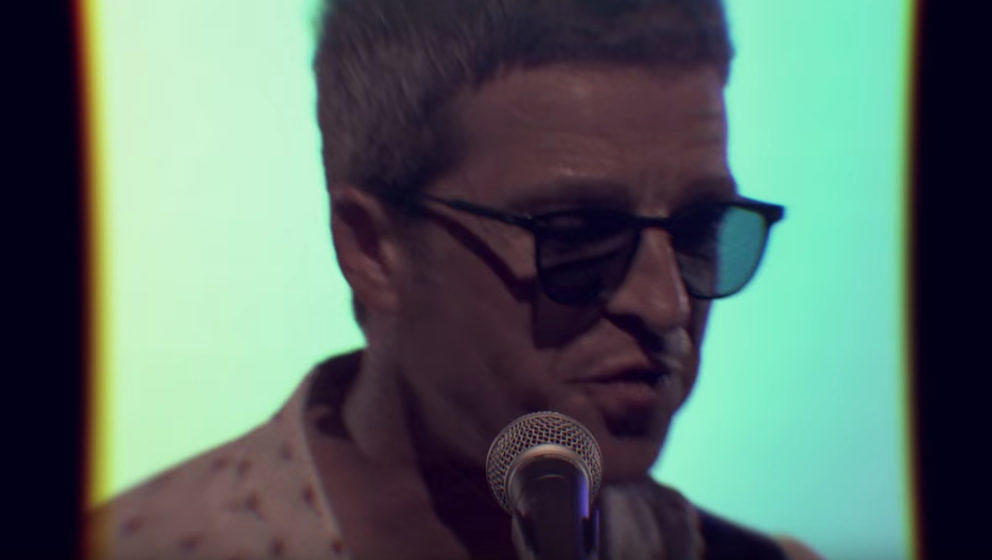 "Noel Gallagher im Video zum neuen Song ""Holy Mountain"""