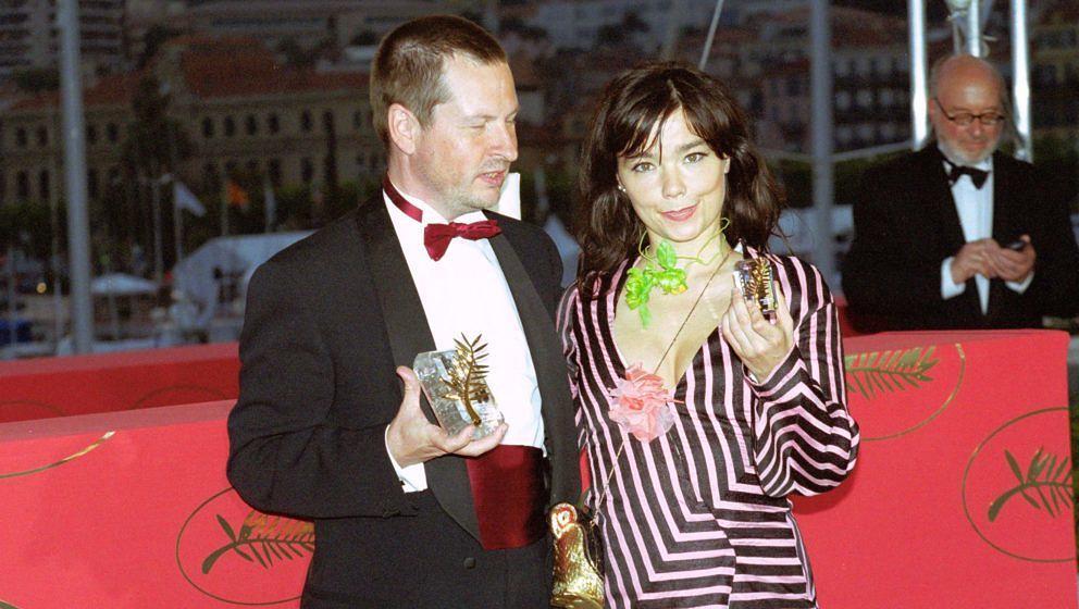 """Bjork und Lars von Trier beim Filmfestival in Cannes, wo """"Dancer In The Dark"""" 2000 die Goldene Palme gewann"""