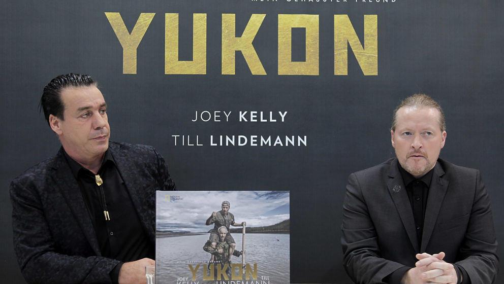 """Till Lindemann und Joey Kelly präsentieren ihren Bildband """"Yukon"""" auf der Frankfurter Buchmesse"""