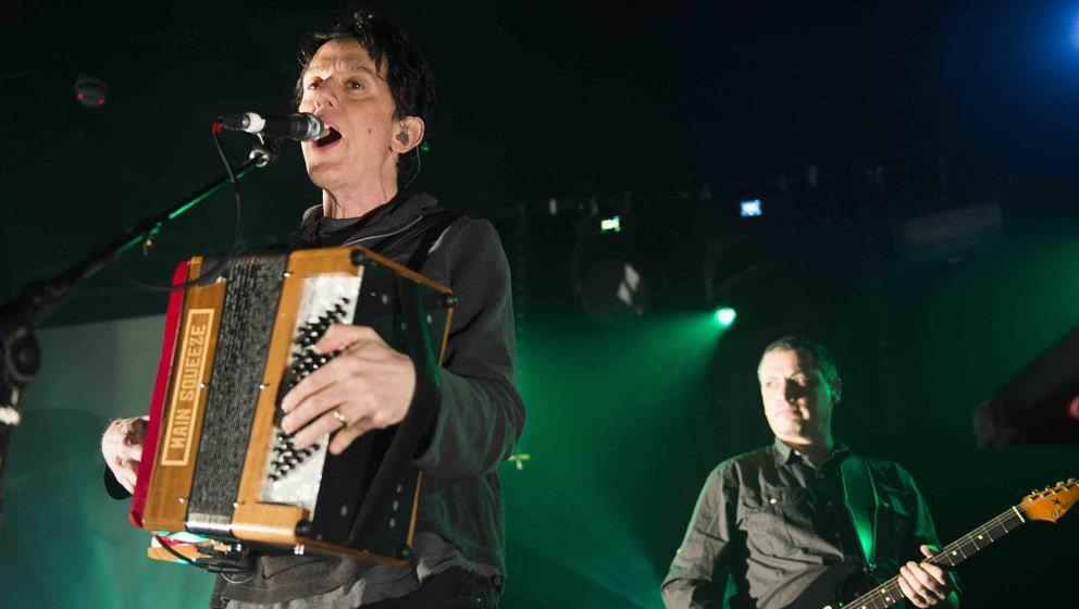 BELFAST, NORTHERN IRELAND - JANUARY 30:  John Linnell of They Might Be Giants performs onstage at The Limelight on January 30