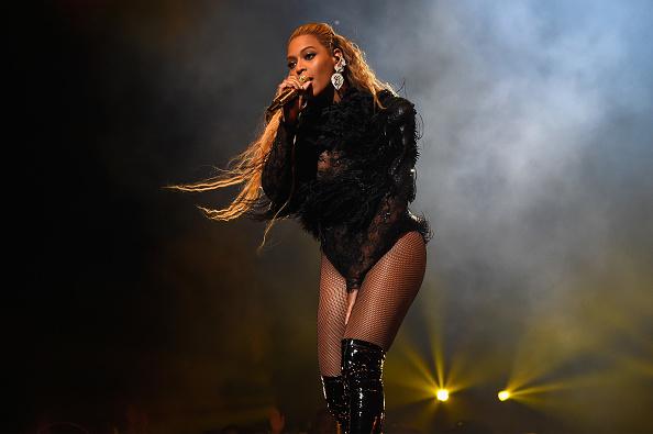 Beyoncé hat eine Weihnachtskollektion herausgebracht.