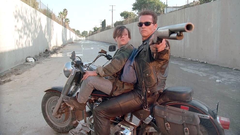 John Connor (Edward Furlong) und Terminator T-800 (Arnold Schwarzenegger)