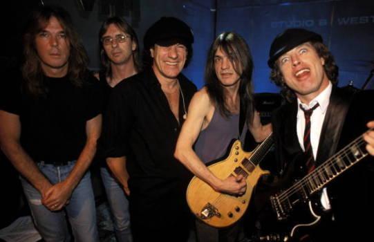 AC/DC im Jahr 2005.