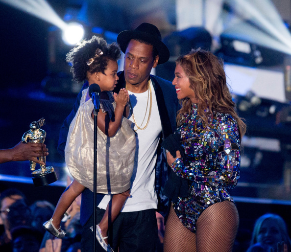 INGLEWOOD, CA - AUGUST 24:  Rapper Jay Z and singer Beyonce with daughter Blue Ivy Carter onstage during the 2014 MTV Video M