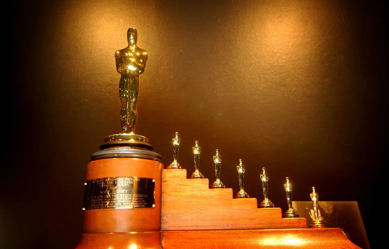 """Einen Oscar mit sieben Oscar-Zwergen gab es für """"Schneewittchen und die sieben Zwerge"""""""