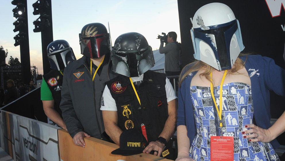 Mitglieder des legendären Mandalorian Mercs Costume Club