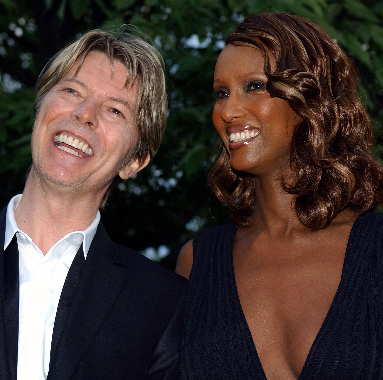Sentimentale Tattoos Iman Und Lexi Gedenken Bowie An Seinem Todestag