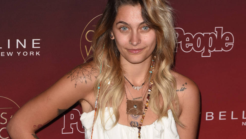 LOS ANGELES, CA - OCTOBER 04:  Paris Jackson attends the People's 'Ones to Watch' at NeueHouse Hollywood on October 4, 2017 i