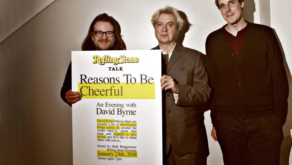 v.li.: Torsten Groß (The Venue), David Byrne und Maik Brüggemeyer (ROLLING STONE)