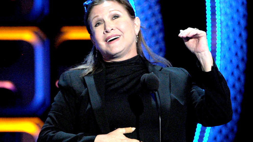 HOLLYWOOD, CA - AUGUST 04: Actress Carrie Fisher speaks onstage during the Comedy Central Roast of Roseanne Barr at Hollywood