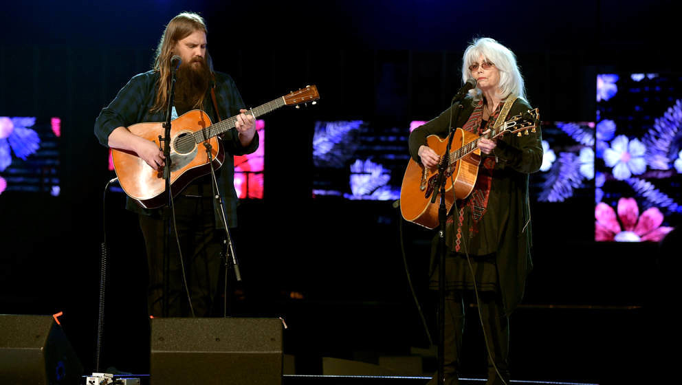 NEW YORK, NY - JANUARY 26:  Musicians Chris Stapleton (L) and Emmylou Harris rehearse onstage for the 60th Annual GRAMMY Awar