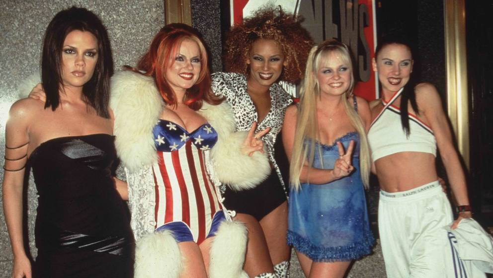 1997:  Group portrait of the British pop group The Spice Girls at the MTV Video Music Awards, Radio City Music Hall, New York