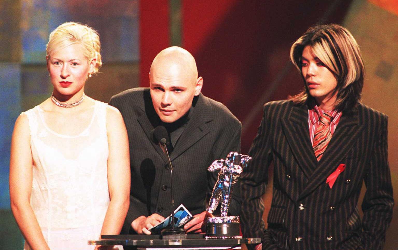Die Smashing Pumpkins waren einmal nicht denkbar ohne Wretzky - hier bei der Verleihung eines MTV Video Music Awards