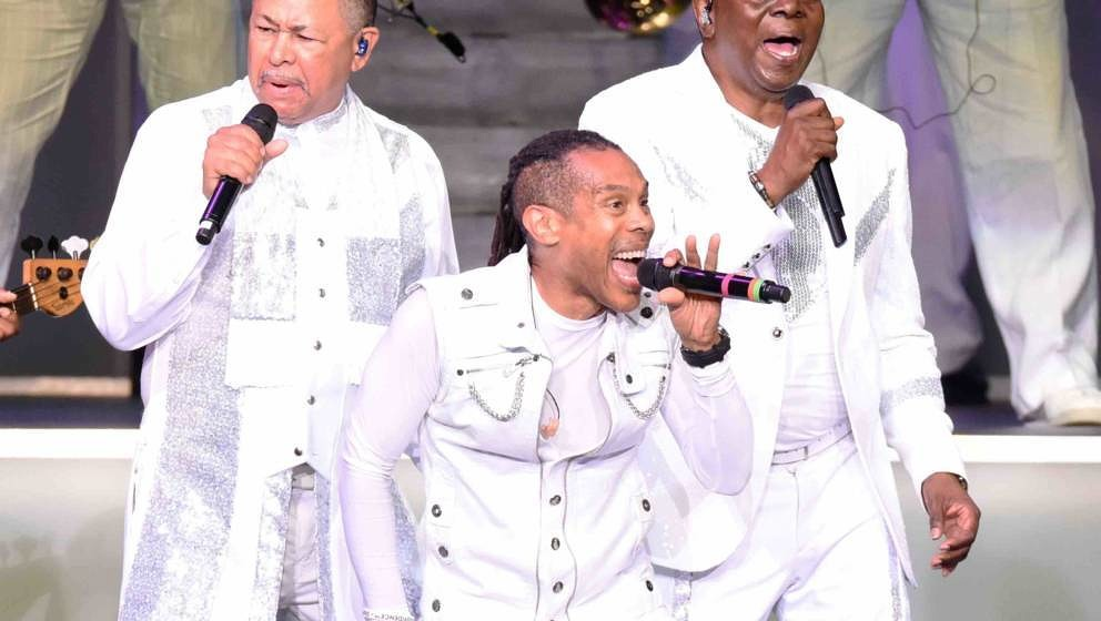 ALPHARETTA, GA - AUGUST 19:  Ralph Johnson, B. David Whitworth, and Philip Bailey of Earth Wind And Fire perform at Verizon W