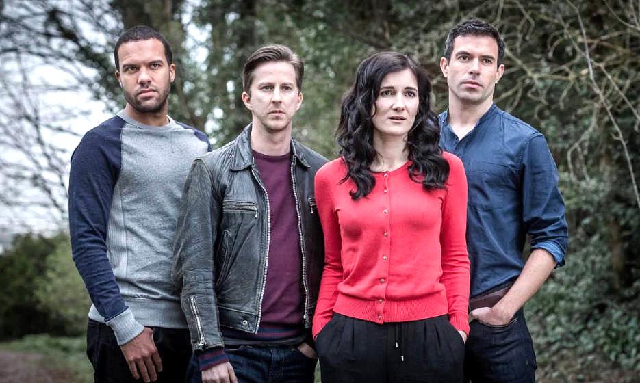 """Vier Freunde auf der Suche nach einem Mörder: Szene aus """"The Five"""""""