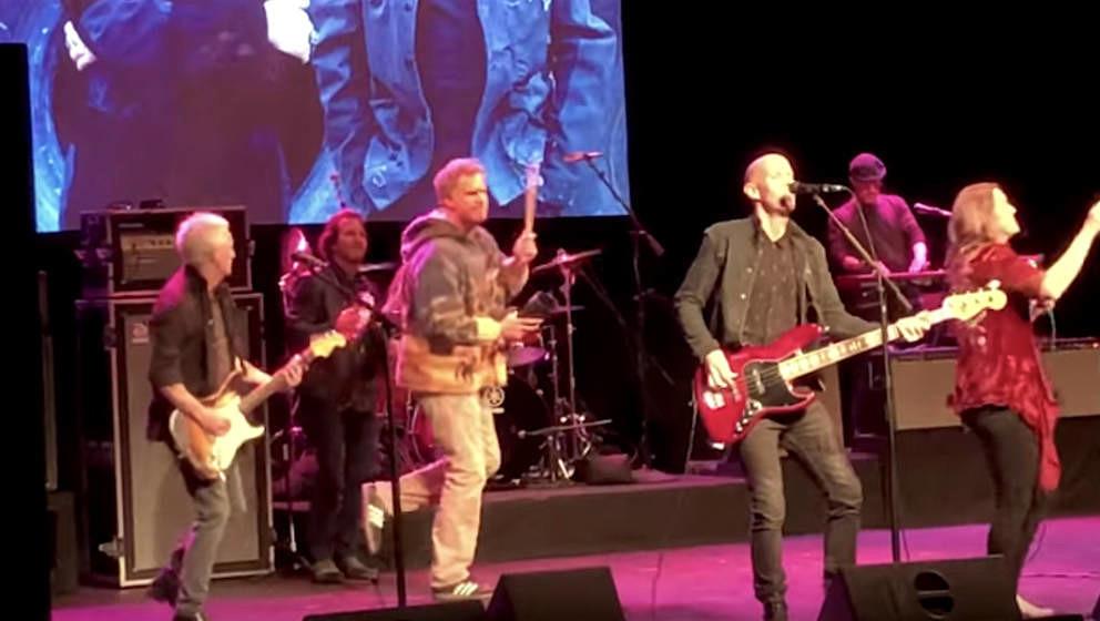 """Superband mit Eddie Vedder und Will Ferrell covert """"Personal Jesus"""" von Depeche Mode"""