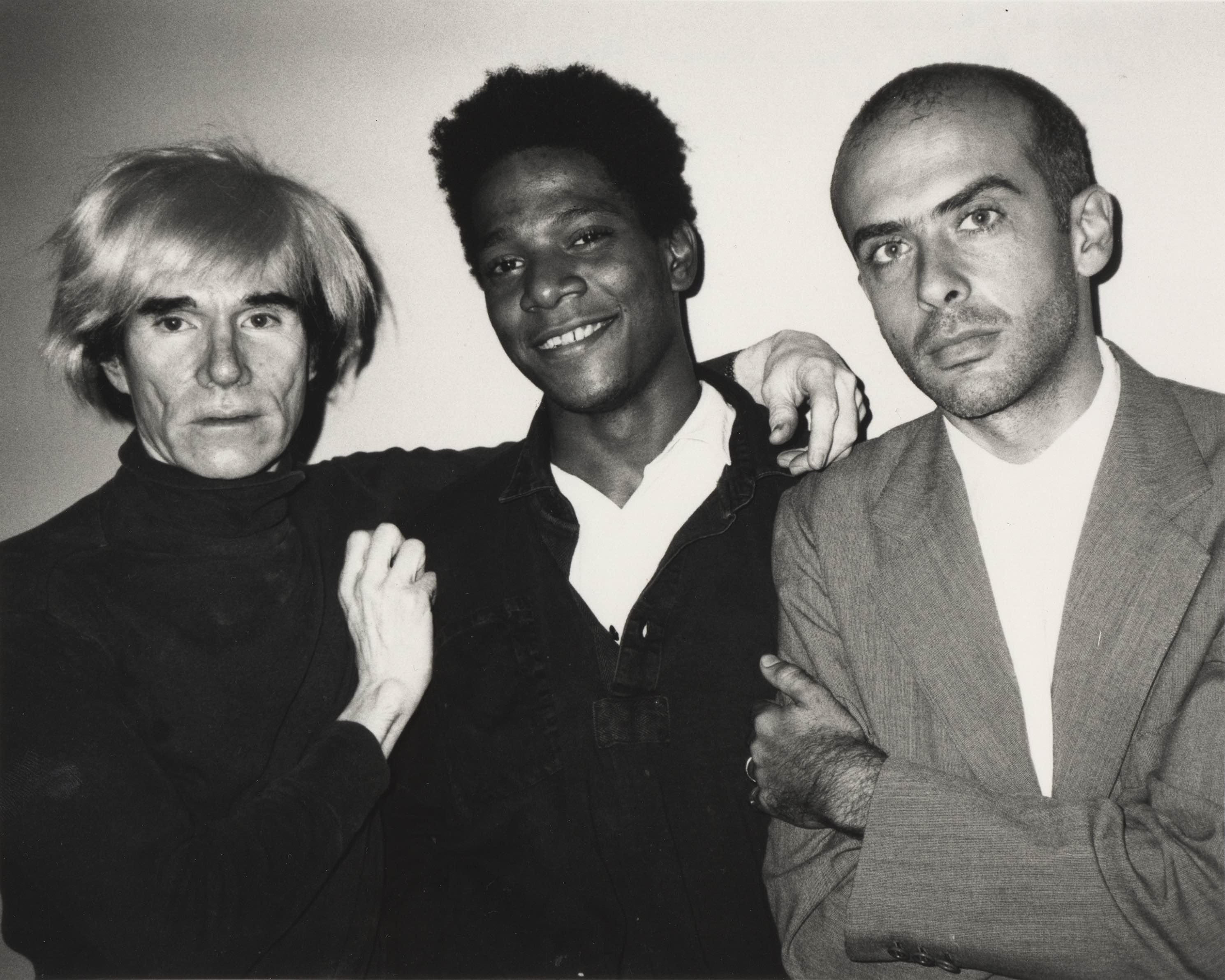 künstler und coworker Basquiat 1984 mit Andy Warhol und Francesco Clemente. Die drei Künstler malten einen Sommer lang gemeinsam