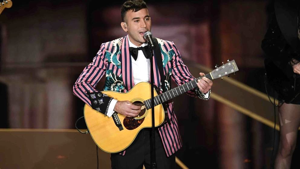 HOLLYWOOD, CA - MARCH 04:  Musician Sufjan Stevens performs onstage during the 90th Annual Academy Awards at the Dolby Theatr
