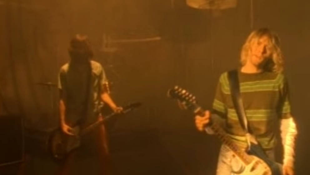 """Szene aus dem Video zu """"Smells Like Teen Spirit"""" von Nirvana"""
