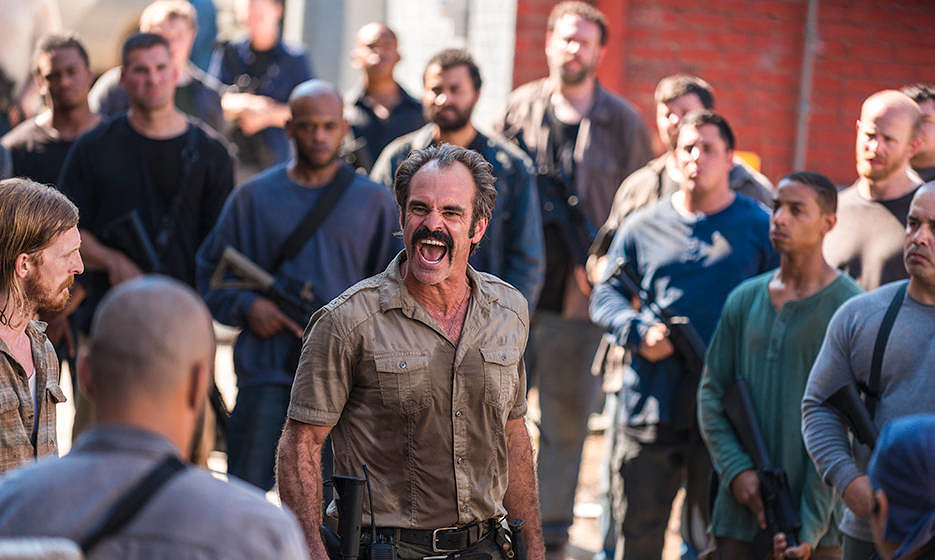 "Steven Ogg als Simon in ""The Walking Dead"""