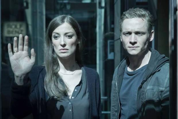 Werden von Hackern getrennt: Lukas (Matthias Schweighöfer) und Hanna Franke (Alexandra Maria Lara)