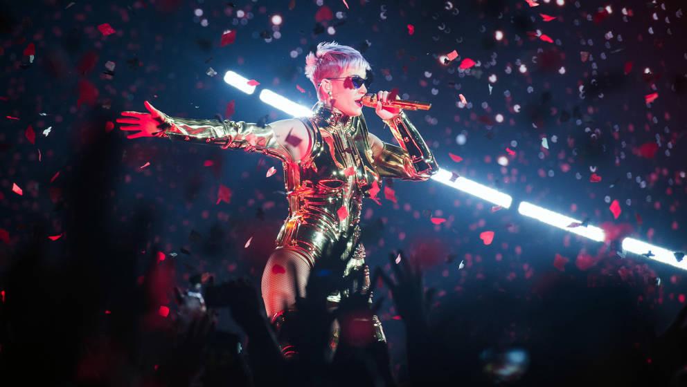 Katy Perry bei einem Live-Auftritt in Paris