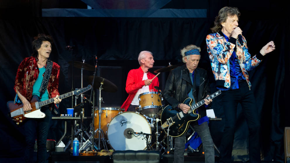 MANCHESTER, ENGLAND - JUNE 05:  Mick Jagger, Keith Richards, Charlie Watts and Ronnie Wood of The Rolling Stones perform live
