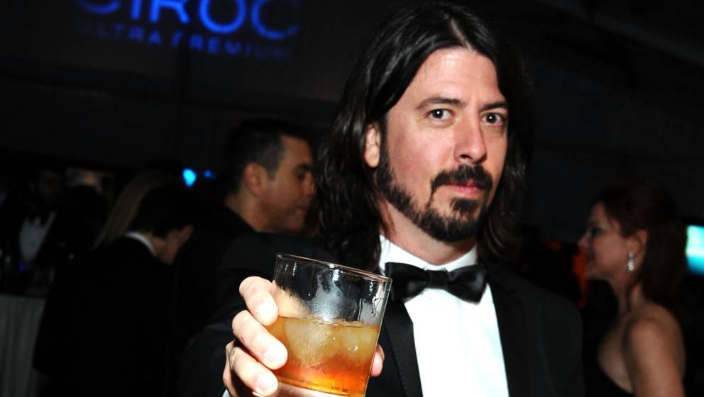 Dave Grohl steht nicht nur auf harte Spirituosen, dem Sänger schmeckt auch mal ein gutes Glas Wein