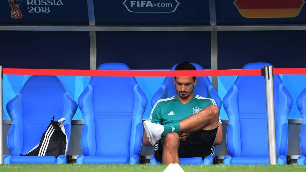 Nackenstarre bei Hummels - Sinnbild für den Zustand der deutschen Nationalmannschaft vor dem Spiel gegen Schweden