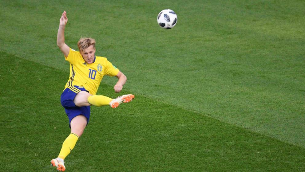 Sweden's midfielder Emil Forsberg plays the ball during the Russia 2018 World Cup Group F football match between Mexico and S